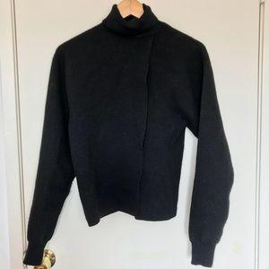 Black H&M turtleneck sweater top
